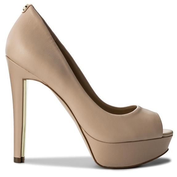 scarpa donna Guess heali2 spuntato BEIGE FLHEA1LEA07BEIGE.39